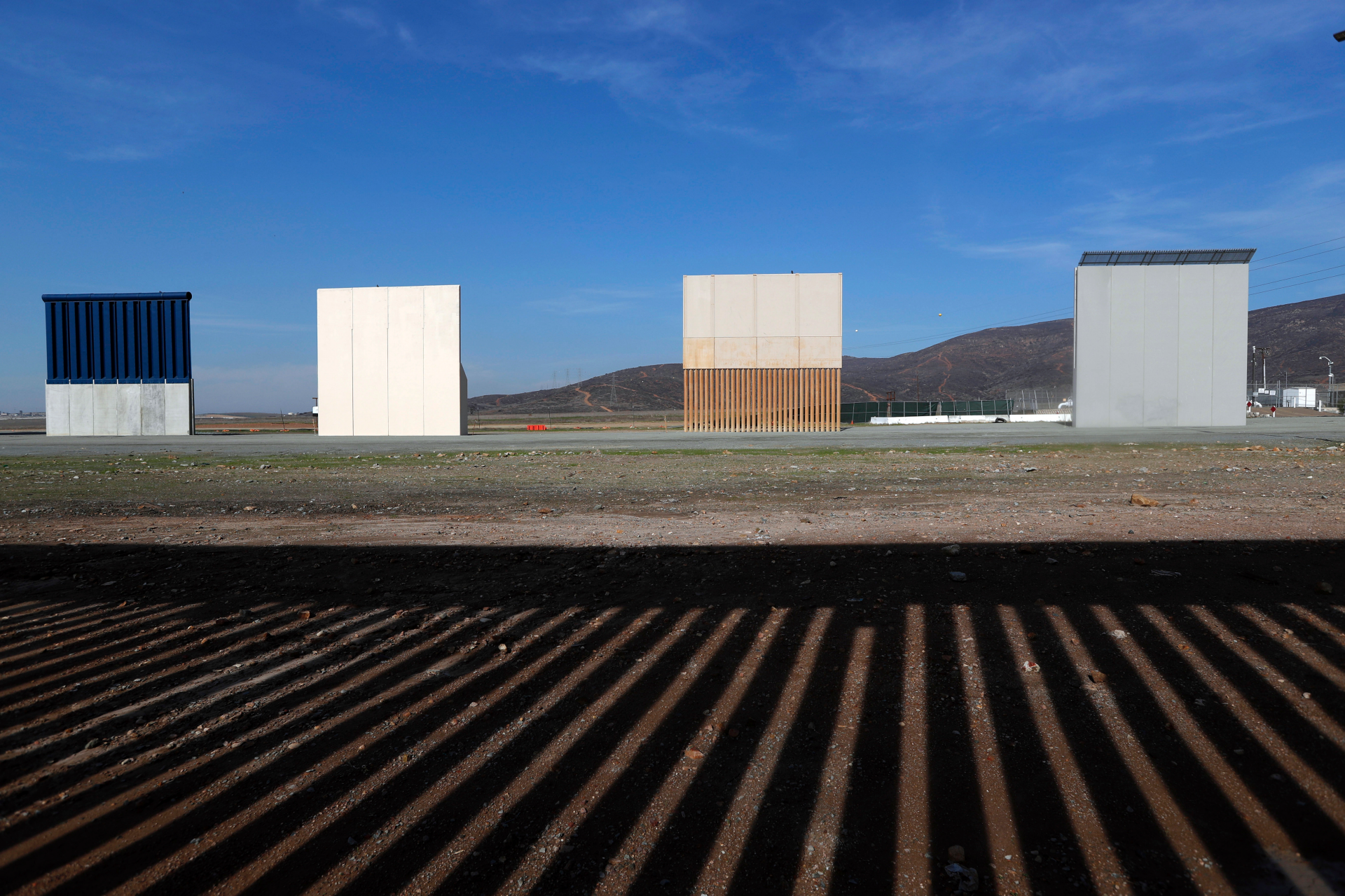 Trump's wall prototypes to come down along US-Mexico border