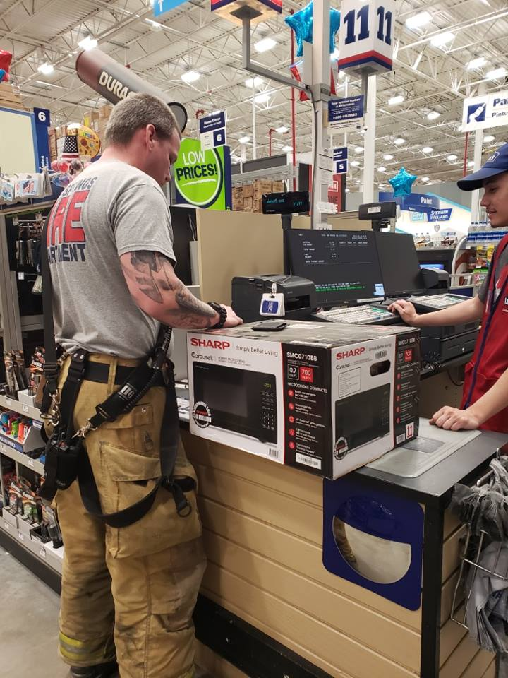 Florida firefighters buy microwave for member of 'the greatest generation,' department says