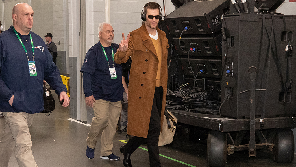 Tom Brady arrived at Super Bowl in $13G-plus outfit