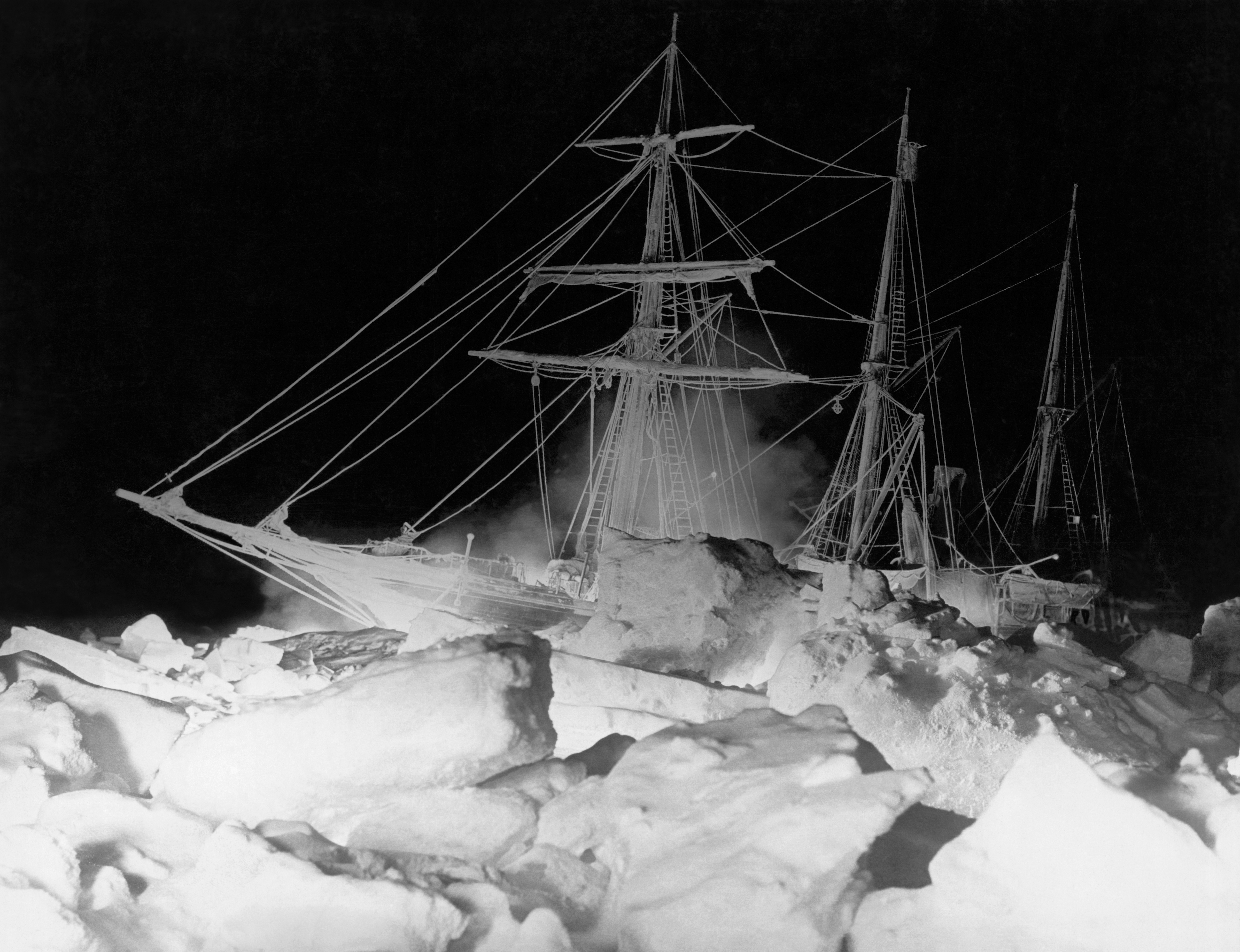 Antarctic search closes in on Endurance, the lost ship of explorer Ernest Shackleton thumbnail
