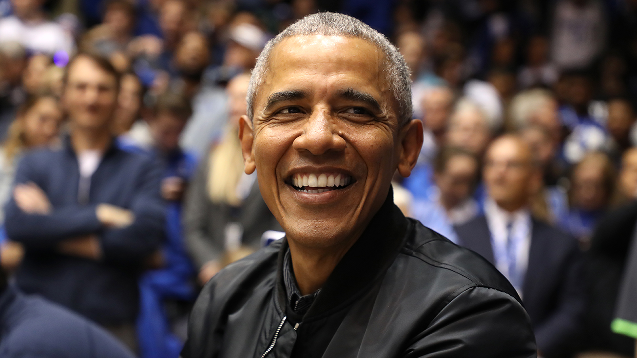 Barack Obama's '44' bomber jacket wins praise on Twitter, has fans wondering where it came from thumbnail
