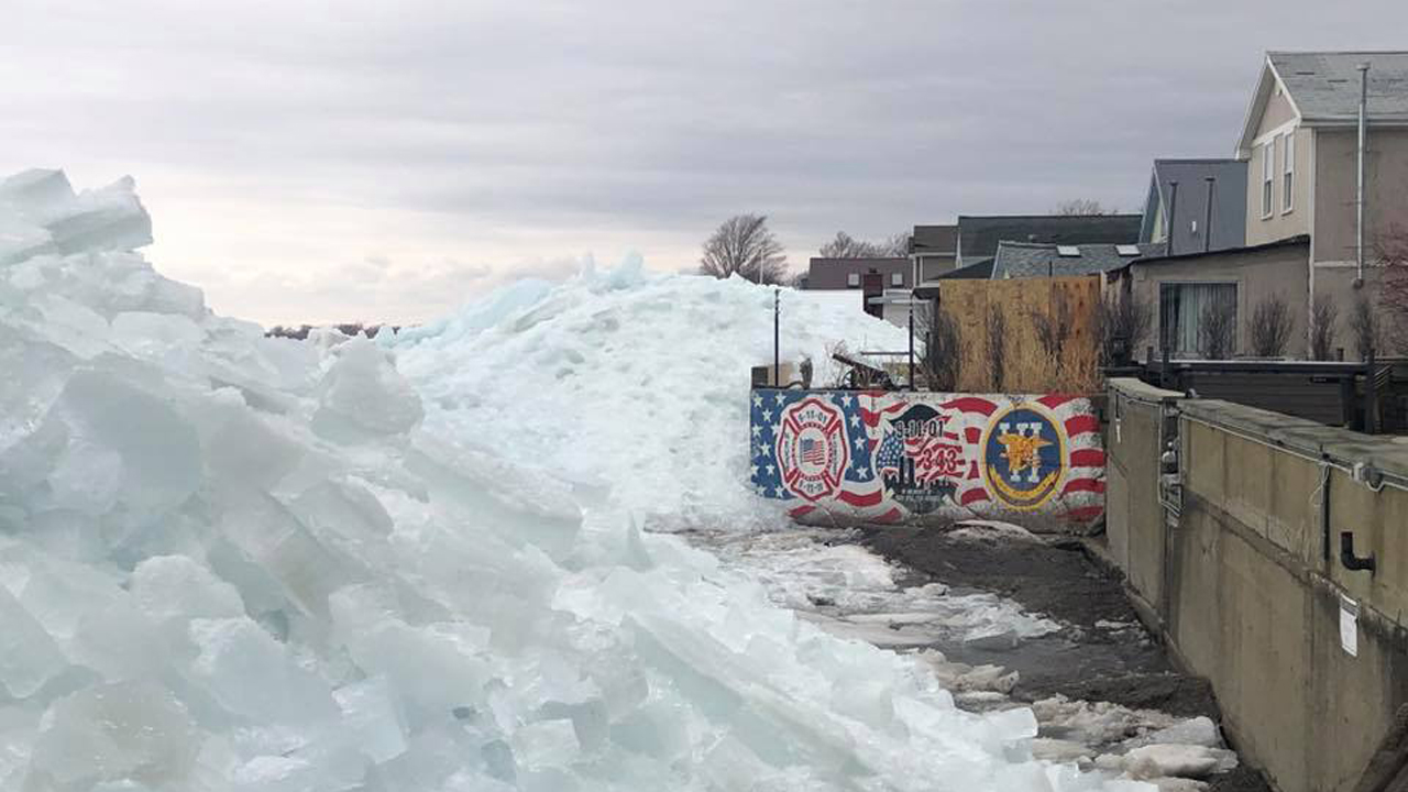 'Ice tsunami' spawned by windstorm spurs evacuations along Lake Erie, as thousands without power across East thumbnail