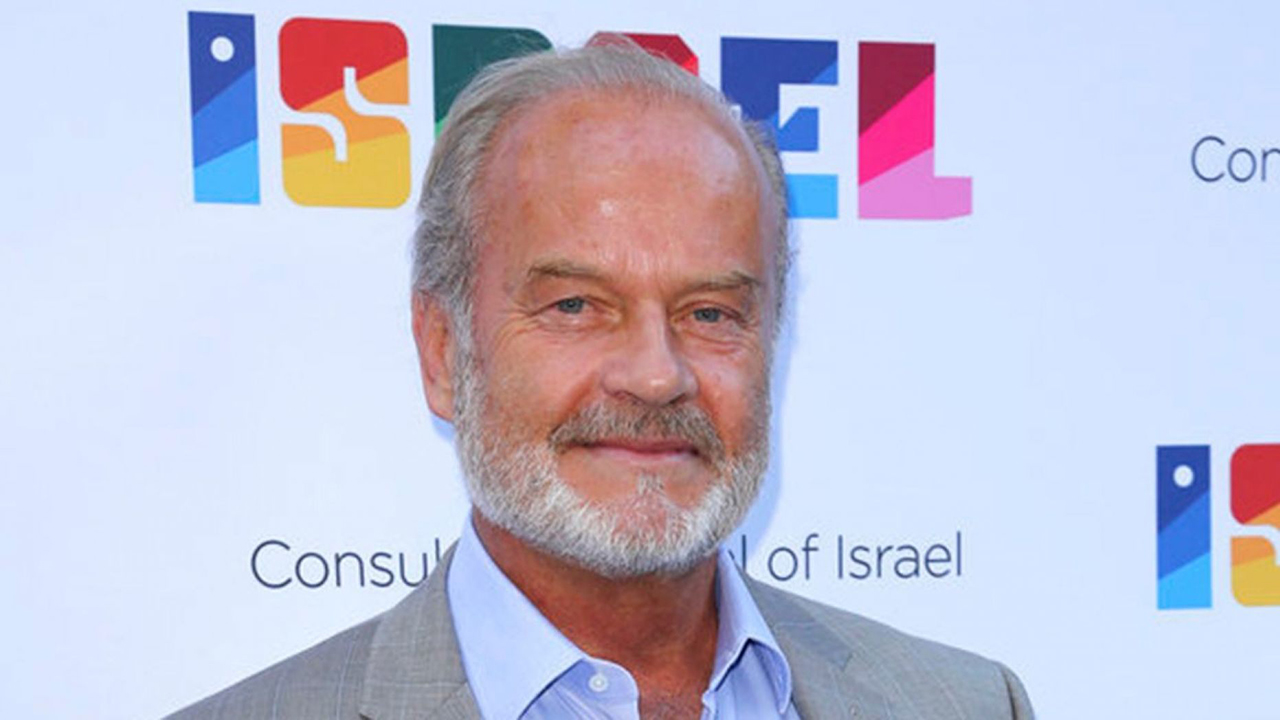 Kelsey Grammer praises Trump, calls Washington politicians a 'bunch of clowns'
