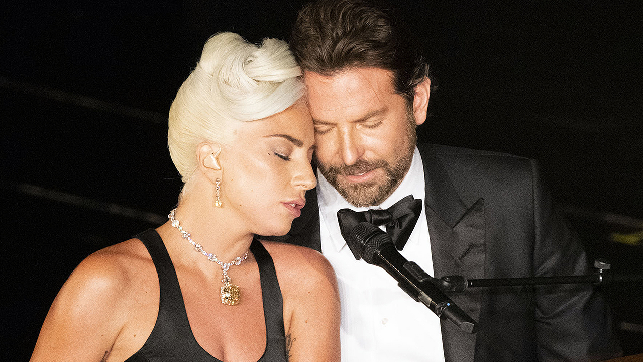 Lady Gaga and Bradley Cooper's Oscar performance was totally staged