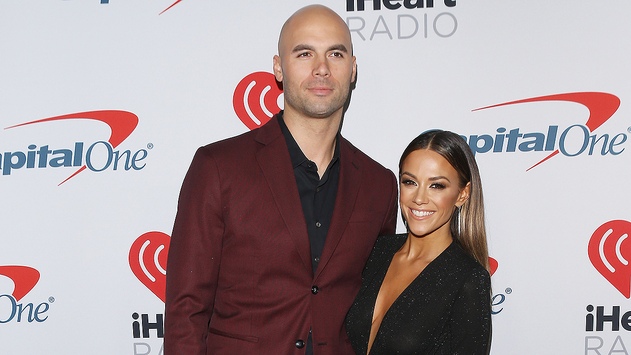 Westlake Legal Group michael-caussin-jana-kramer-cheating-getty-display Jana Kramer, Mike Caussin reveal marriage troubles after she found a woman had sent him a topless photo Tyler McCarthy fox-news/person/jana-kramer fox-news/entertainment/events/scandal fox-news/entertainment/events/marriage fox-news/entertainment/events/couples fox-news/entertainment/celebrity-news fox-news/entertainment fox news fnc/entertainment fnc article 00ec402c-5022-59f0-899c-99540223694b