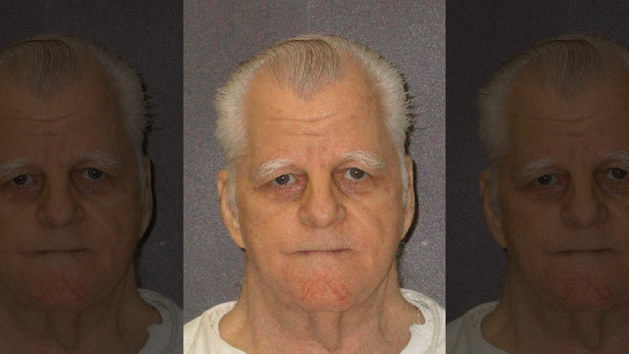 Death-row inmate says cryptic last words before fight breaks out at execution thumbnail