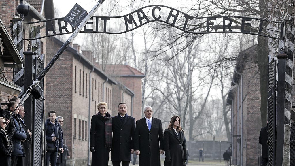 Vice president Pence honors Holocaust victims in 1st visit to Auschwitz