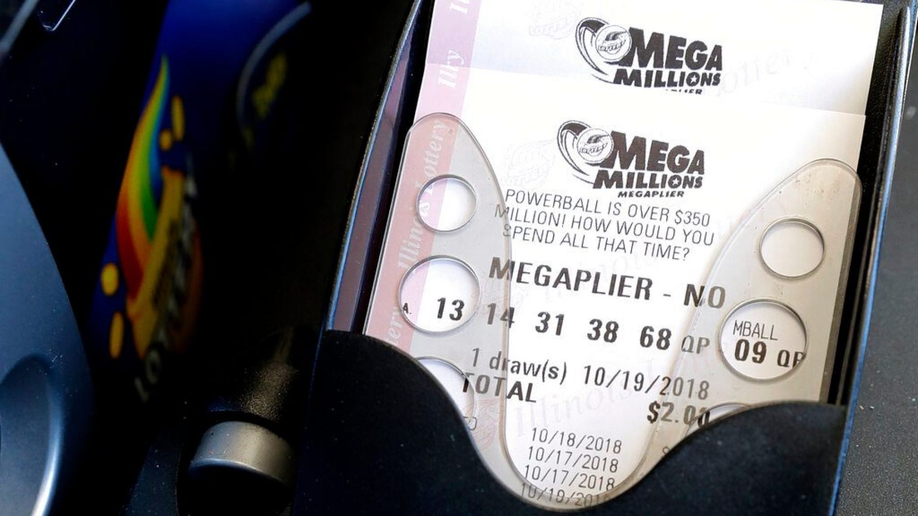 Ex-wife of $273M lotto winner says she still doesn't want him back: report thumbnail