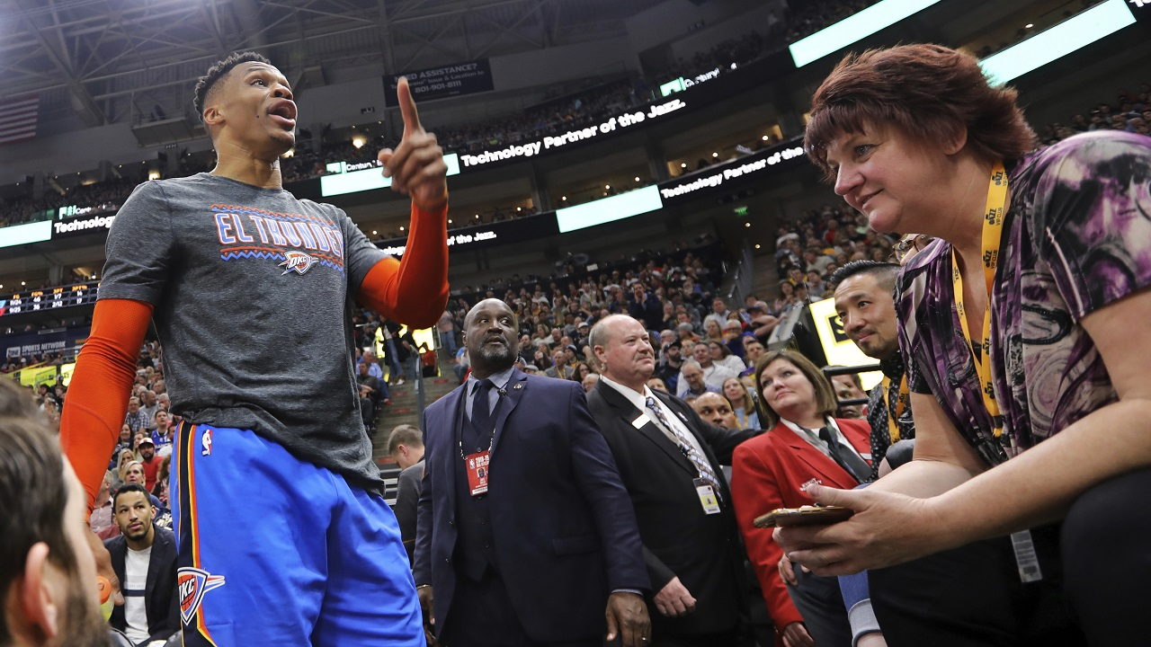 NBA's Russell Westbrook makes profanity-laced threat to couple during game thumbnail