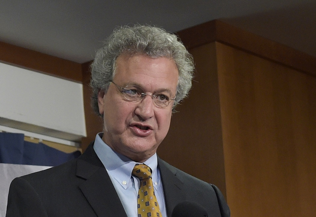 Southern Poverty Law Center, frequent critic of conservatives, sees its president step down amid rash of de... thumbnail