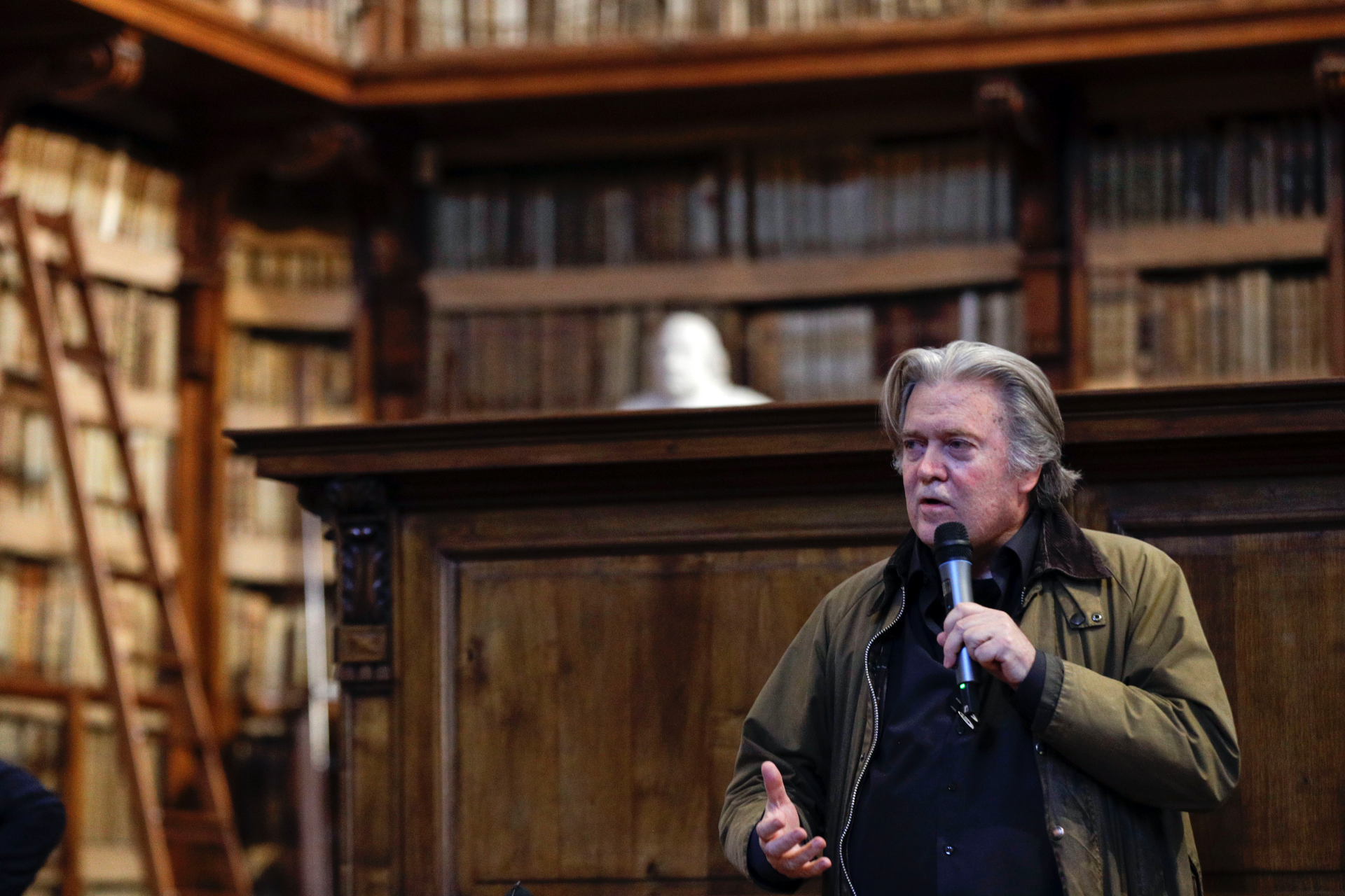Bannon predicts 'stunning victory' for European populists