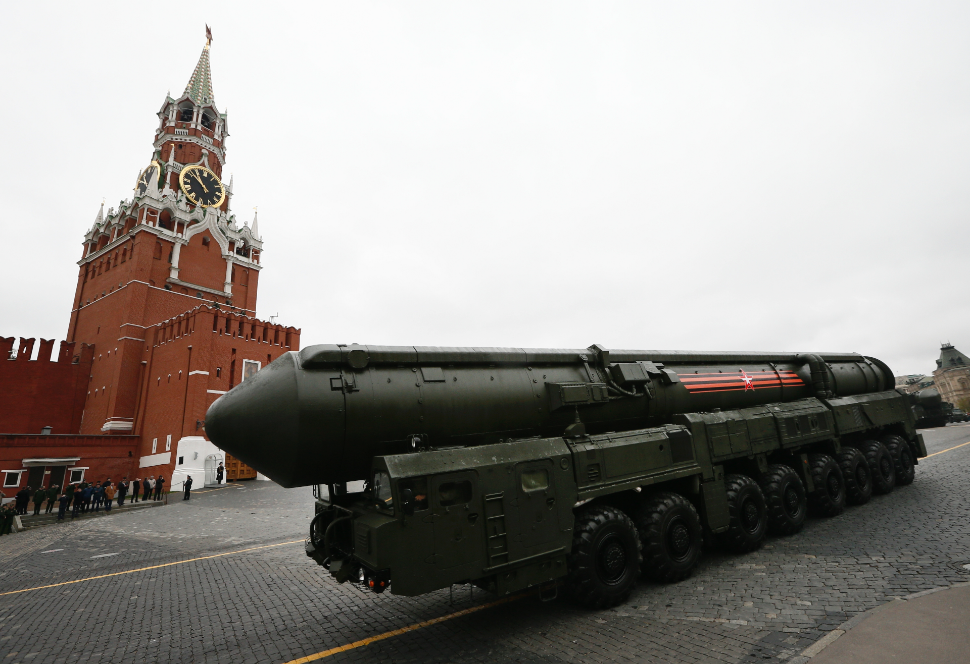 Europeans urge Russia to return to arms-control treaty
