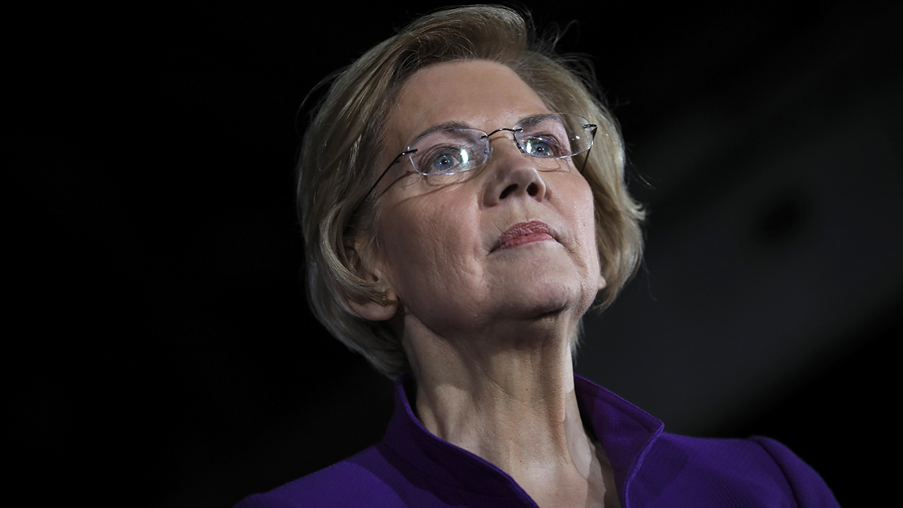Elizabeth Warren says doctors, nurses don't treat black women same way as other women