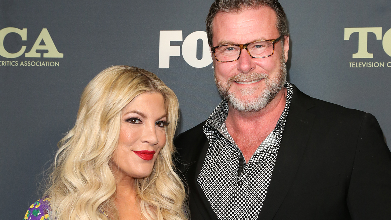 Westlake Legal Group tori-spelling-husband-Getty Dean McDermott talks sex life with wife Tori Spelling: 'You have to make it a priority' fox-news/entertainment/events/couples fox-news/entertainment/celebrity-news fox-news/entertainment fox news fnc/entertainment fnc be983369-c09a-5693-8aaa-2890c4c070bf article Andy Sahadeo