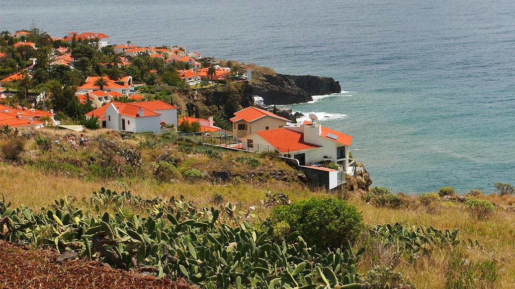 Westlake Legal Group Canico-Madeira Madeira bus crash kills 28, mostly German tourists Samuel Chamberlain fox-news/world/world-regions/europe fox-news/world/disasters/transportation fox news fnc/world fnc article a76df815-a875-53f0-8029-552471e503aa