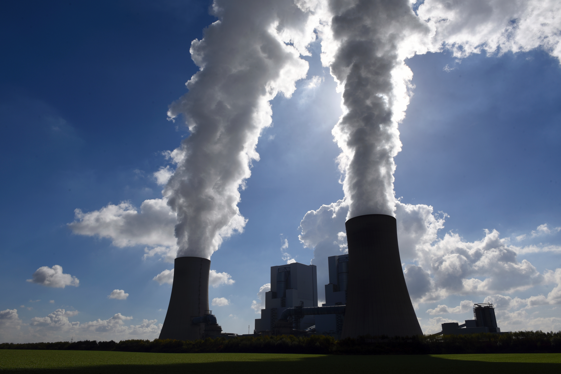 Westlake Legal Group ContentBroker_contentid-2f3a546b3a6f4d2492e475dcbab67b61 Germany's RWE says it won't invest in new coal power plants fox-news/world/world-regions/europe fox-news/world/environment fox-news/world fnc/world fnc Berlin Associated Press article 8c700486-5ac7-599a-9c8e-03c69b15dbd4