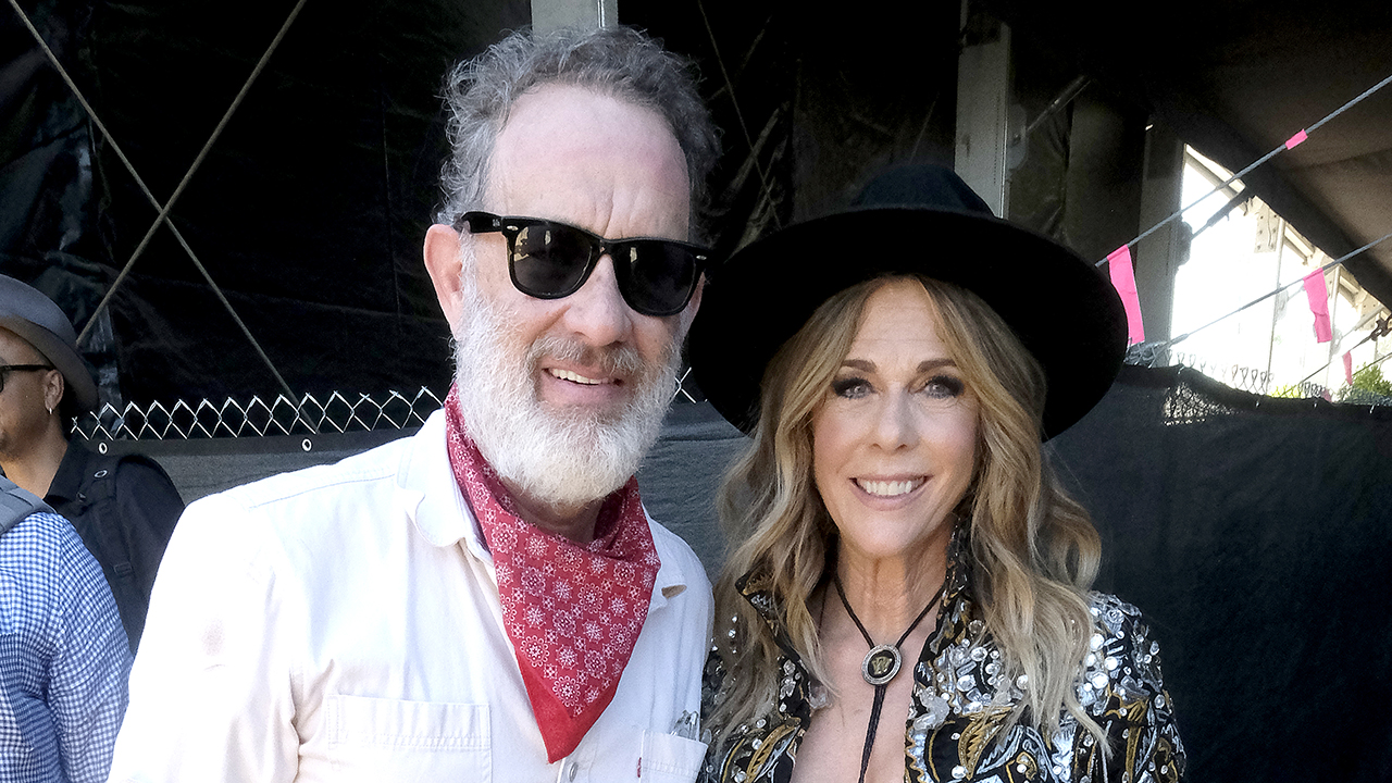 Tom Hanks says he and wife Rita Wilson had 'very different reactions' to coronavirus: 'That was odd' thumbnail