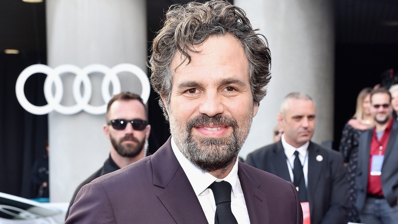 Mark Ruffalo urges Americans to vote for