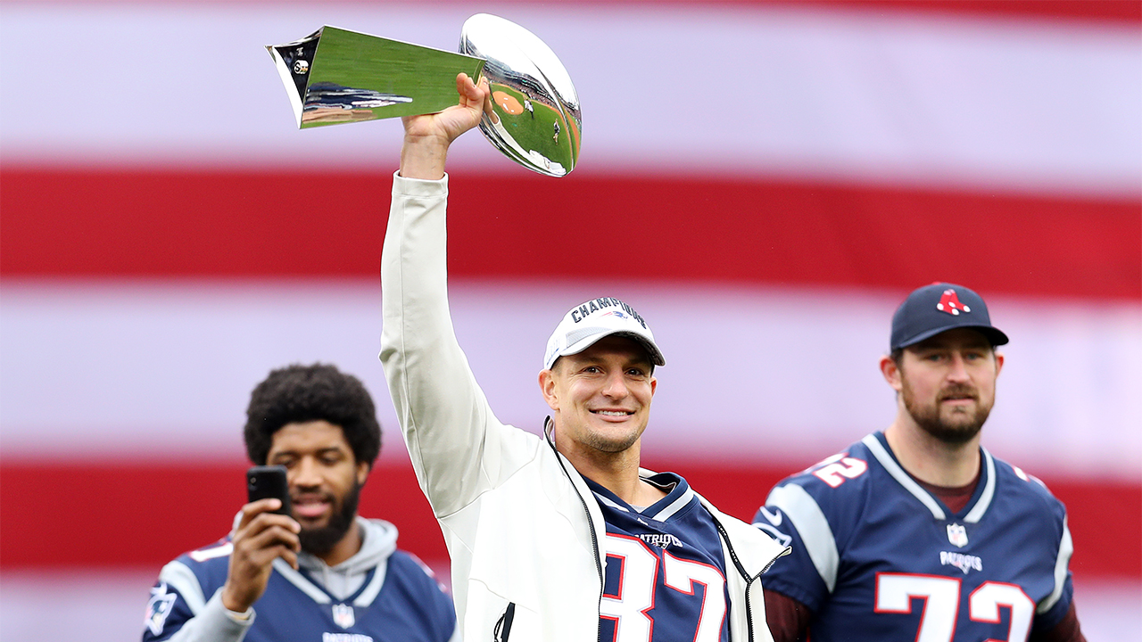 Westlake Legal Group Rob-Gronkowski Gronkowski dented Lombardi trophy after using it as baseball bat, video shows Paulina Dedaj fox-news/sports/nfl/new-england-patriots fox-news/sports/nfl fox-news/odd-news fox news fnc/sports fnc ff7cc11b-0022-50ee-ba2b-2333cb8b9a5a article