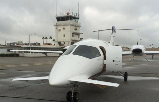 Pilot killed in plane crash at Southern California airport: report