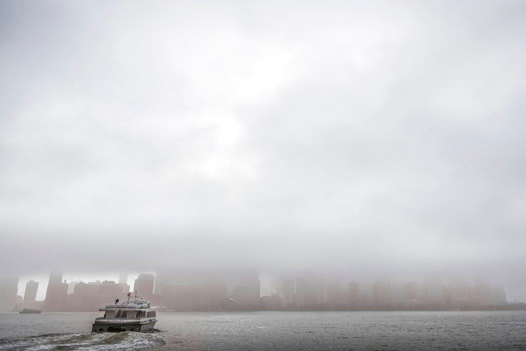 Westlake Legal Group AP19122490063499 Small plane makes emergency landing in Hudson River outside NYC; no injuries reported Vandana Rambaran fox-news/us/us-regions/northeast/new-york fox-news/us/disasters/transportation fox news fnc/us fnc article 59897bd4-9940-5ae9-8d79-af0add0f5160
