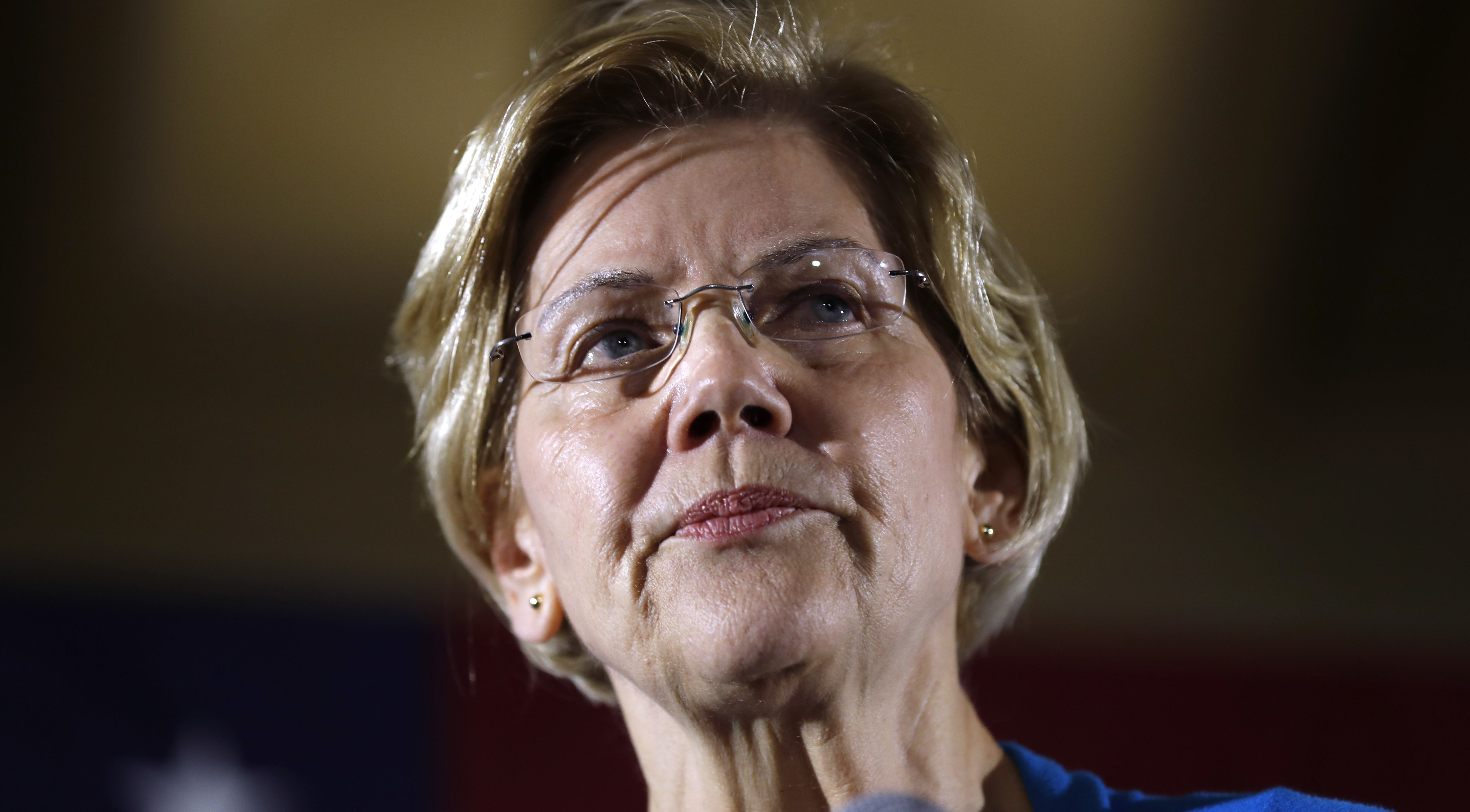 Warren compares herself, 'green manufacturing plan' to JFK and Apollo mission