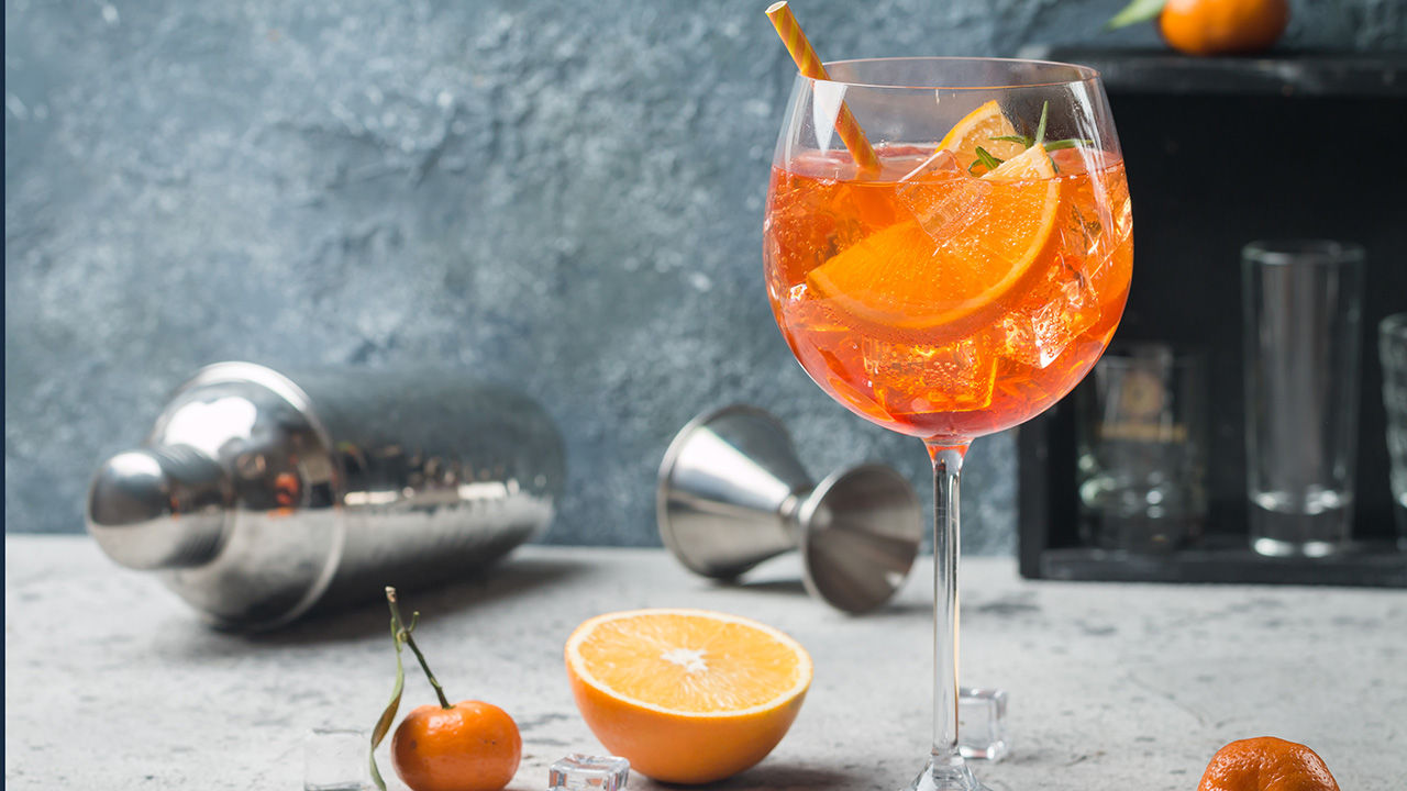 Westlake Legal Group Aperol-Spritz New York Times piece dubs Aperol Spritz a bad drink as social media users debate beverage Kathleen Joyce fox-news/food-drink/recipes/meals/cocktail fox-news/food-drink/drinks fox-news/food-drink fox news fnc/lifestyle fnc article 1d2e2c89-37ed-54c8-a670-01df7619af51