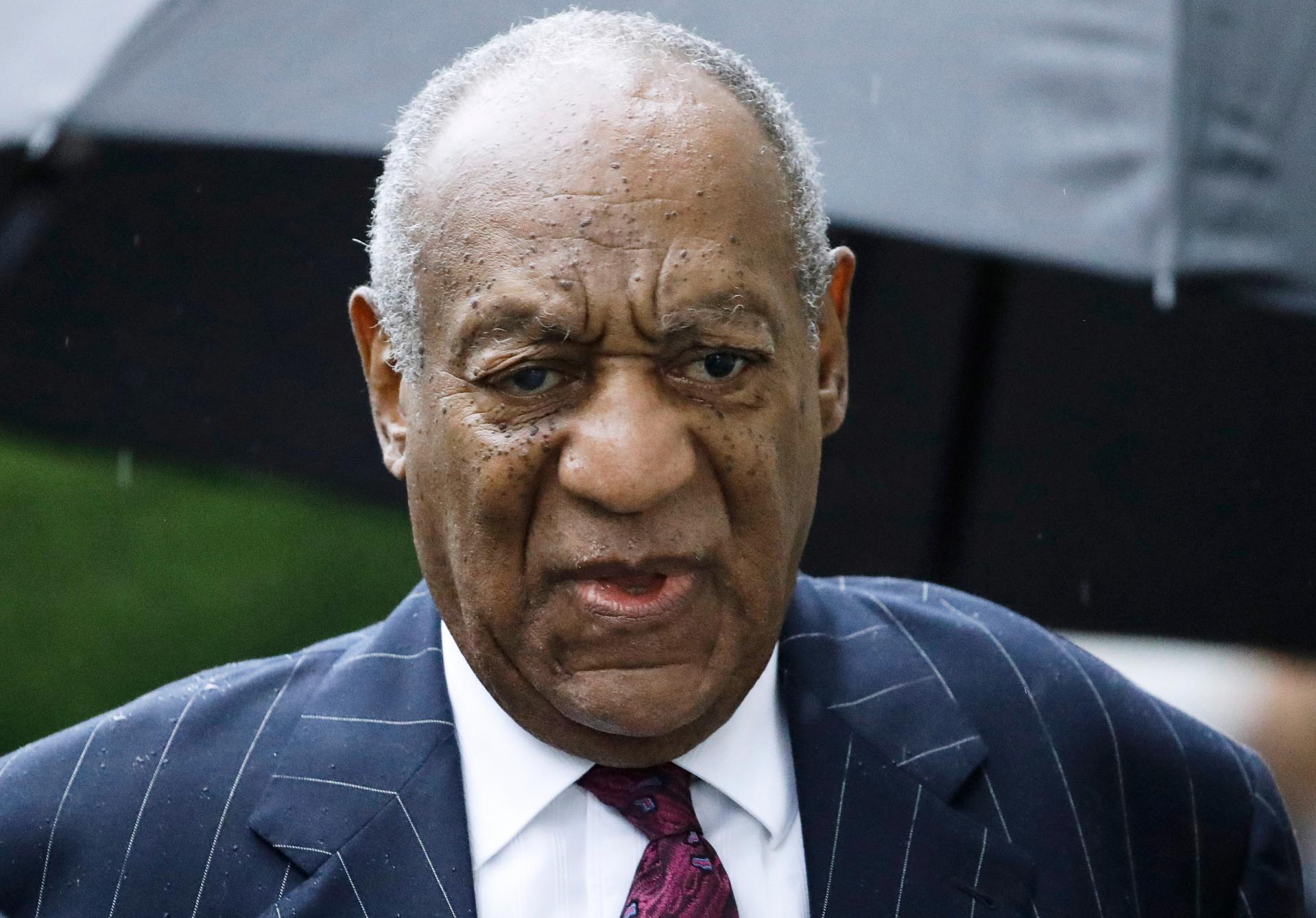 Bill Cosby vẫn còn nợ hơn 2,75 triệu đô la phí pháp lý, công ty luật nói