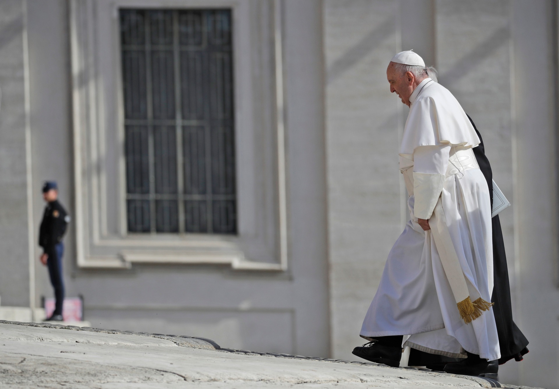 Westlake Legal Group ContentBroker_contentid-18a1dc7b986a4c5ca07220868fb22479-1 Pope tells Roma and Sinti people that he suffers with them Vatican City fox-news/world/world-regions/europe fox-news/world/religion fox-news/world fnc/world fnc db76e0e5-743a-5724-9bf3-bccac6c53303 Associated Press article