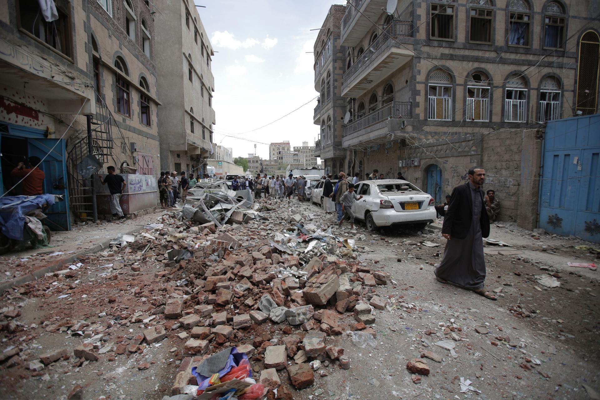 Hàng ngàn người Mỹ vẫn bị mắc kẹt ở Yemen trong bối cảnh khủng hoảng nhân đạo đang gia tăng