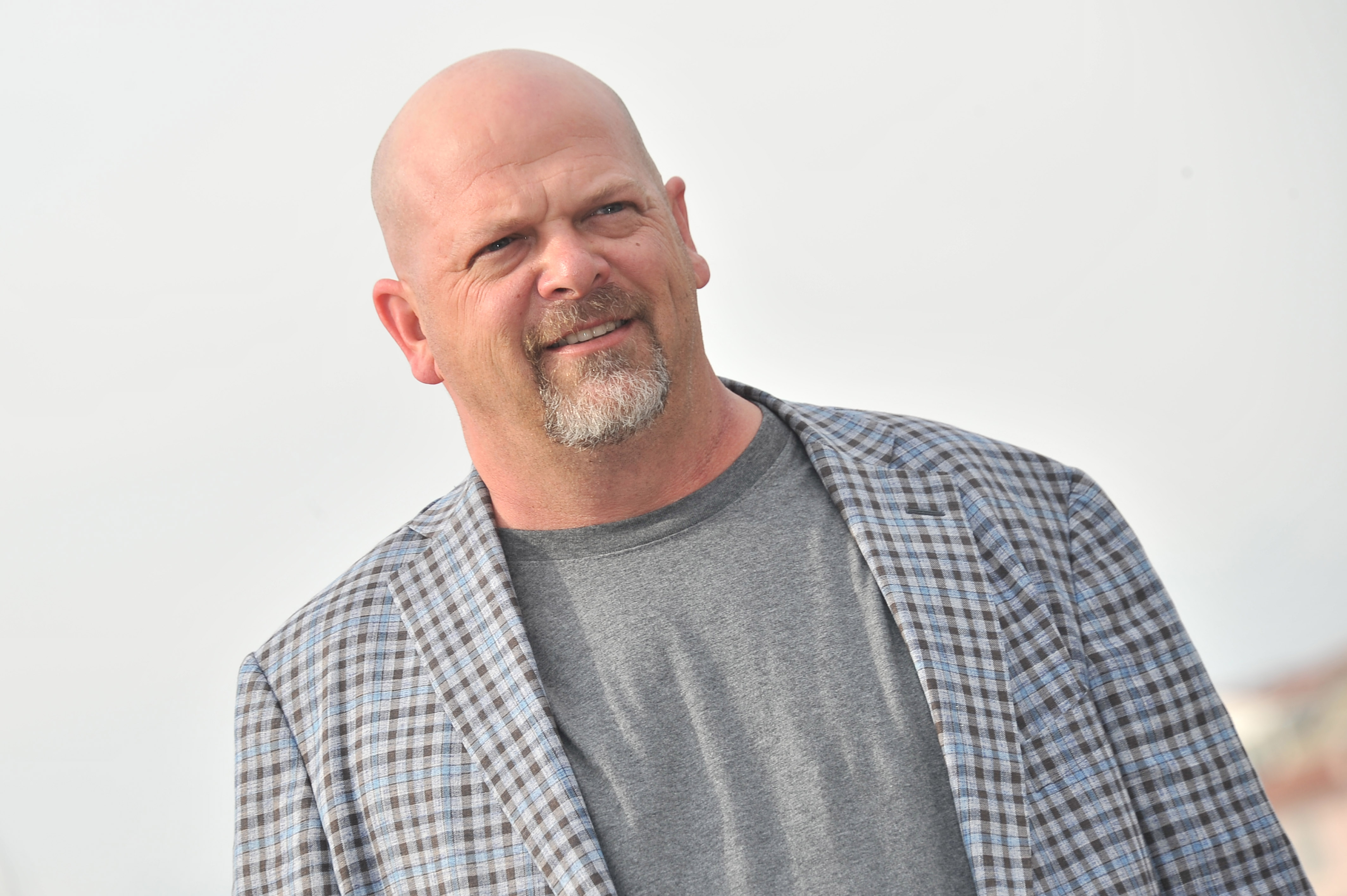 'Pawn Stars' Rick Harrison appraises rare 'Game of Thrones' book, says Americans aren't learning from history thumbnail