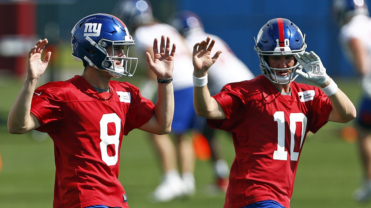 Eli Manning's former teammates come to his defense following benching for Daniel Jones