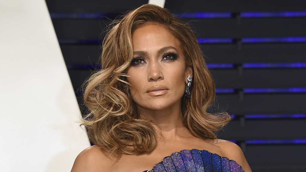 Westlake Legal Group jennifer-lopez-AP Jennifer Lopez flaunts toned abs, athletic physique in Instagram photo Madeline Farber fox-news/person/jennifer-lopez fox-news/entertainment fox news fnc/entertainment fnc article 39862409-90e4-5e6f-93e3-eafaf1b9bc2c