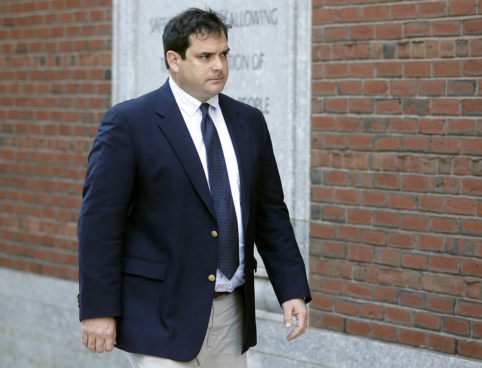 Ex-Stanford sailing coach avoids prison time in college admissions scandal thumbnail