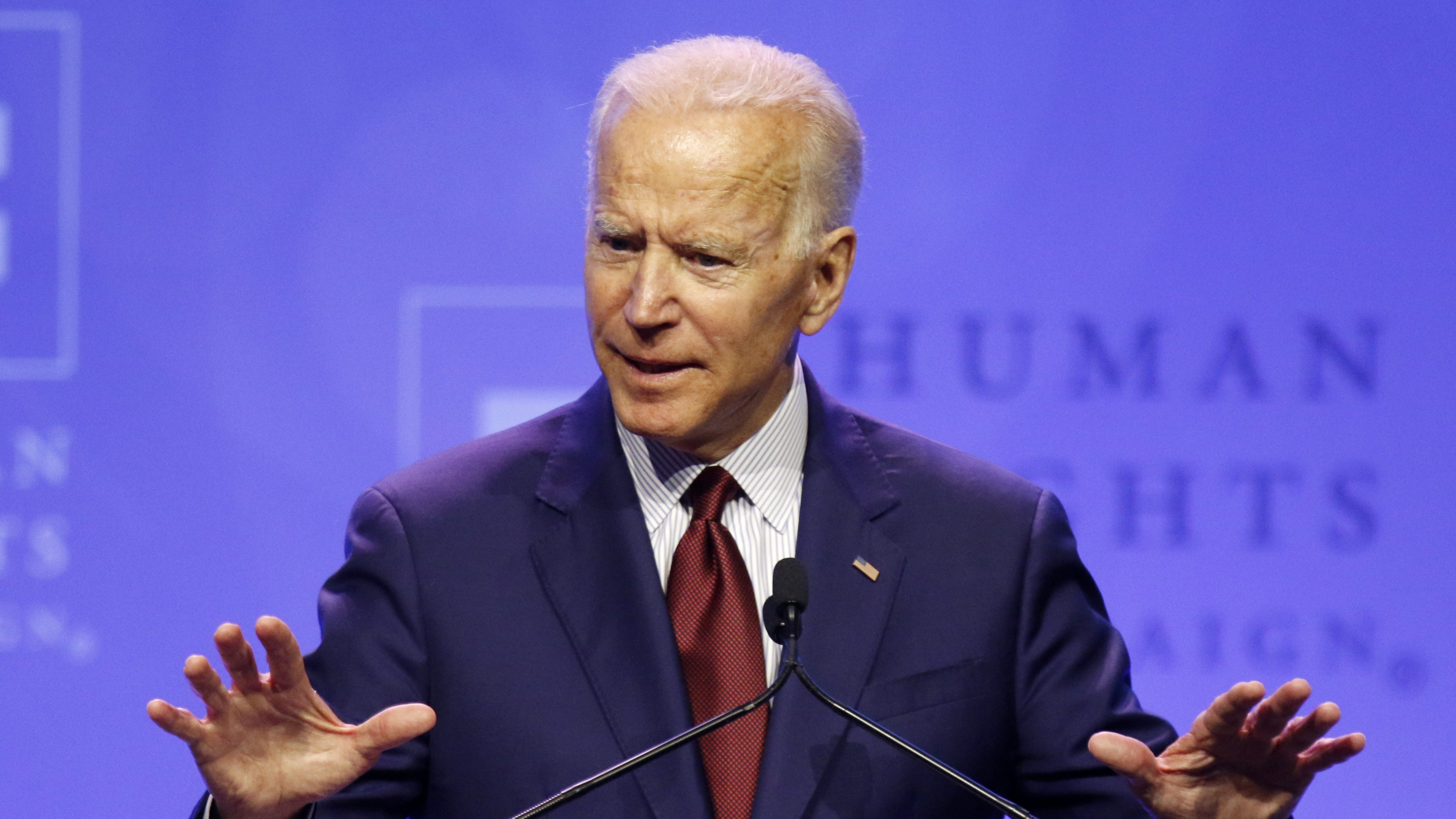 Amazon rebukes Biden, offers lesson on tax code after earlier spat with Warren