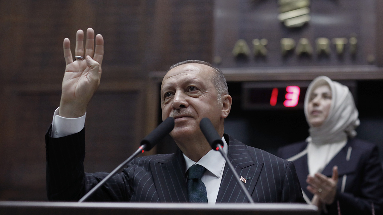Westlake Legal Group AP19176371666376 Erdogan threatens military action in Syria, US-backed group vows 'all-out war' if attacked Morgan Phillips fox-news/world/world-regions/middle-east fox-news/world/conflicts/syria fox-news/politics/defense/wars fox-news/politics/defense/conflicts fox news fnc/world fnc b638a01a-989e-513e-bcbf-637b3a5ee974 article
