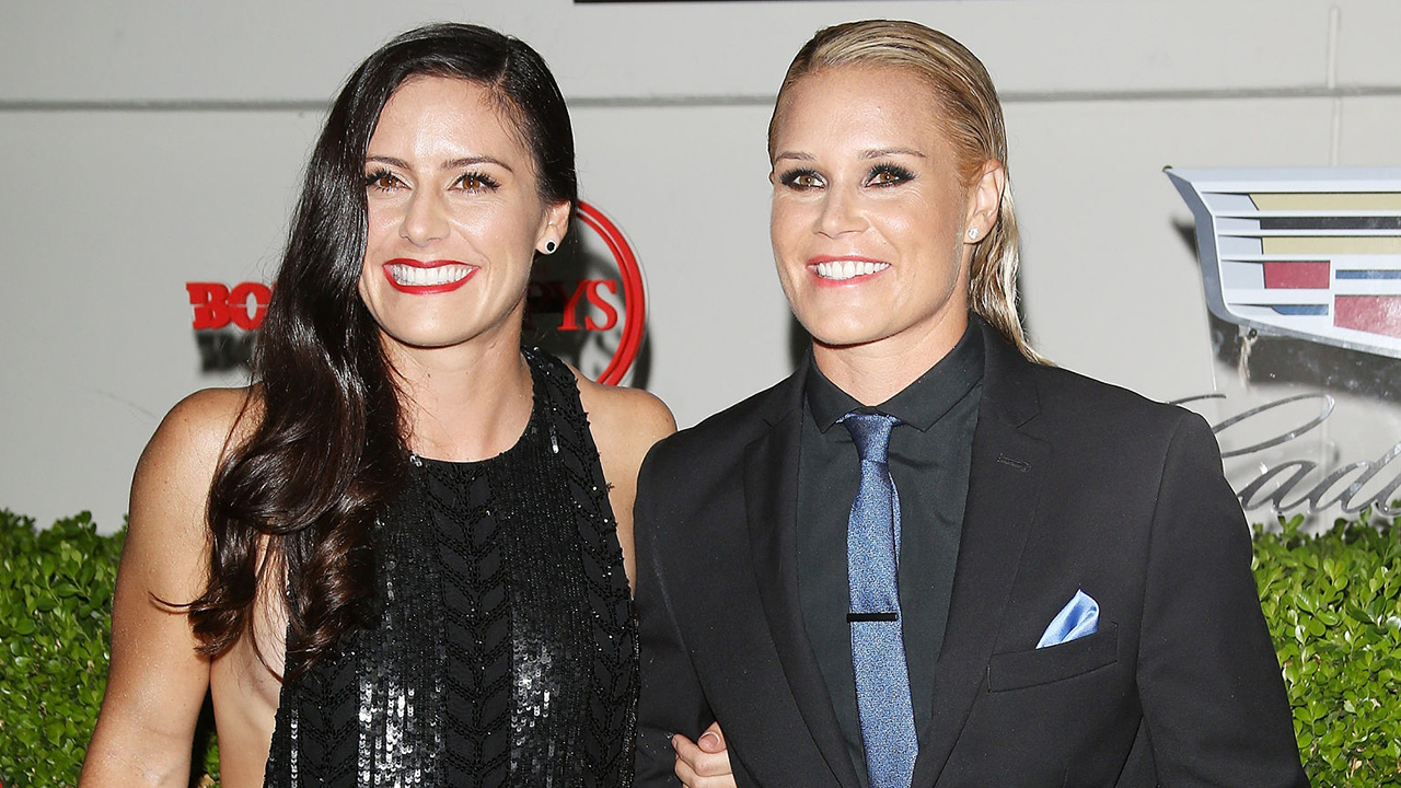 US women soccer stars Ali Krieger, Ashlyn Harris get married in Miami