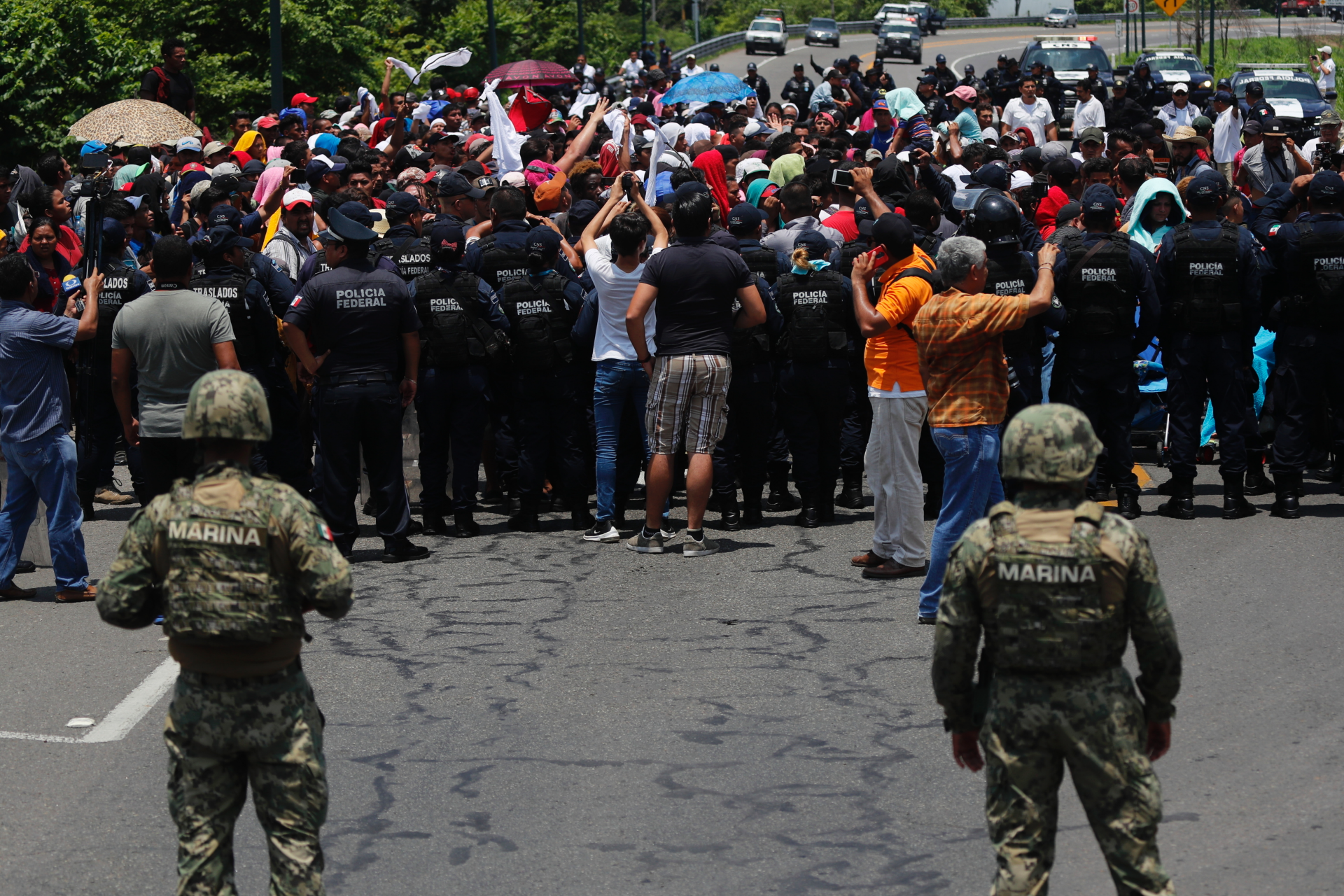 Westlake Legal Group ContentBroker_contentid-7505acb09ccc403c802bdf3199a83755 Mexico officials intercept about 1,000 migrants on highway MARCO UGARTE fox-news/world/world-regions/americas fox-news/world fox-news/us/immigration fnc/world fnc Associated Press article 707f3c69-eee3-5082-87b6-b1ee49ea1d96