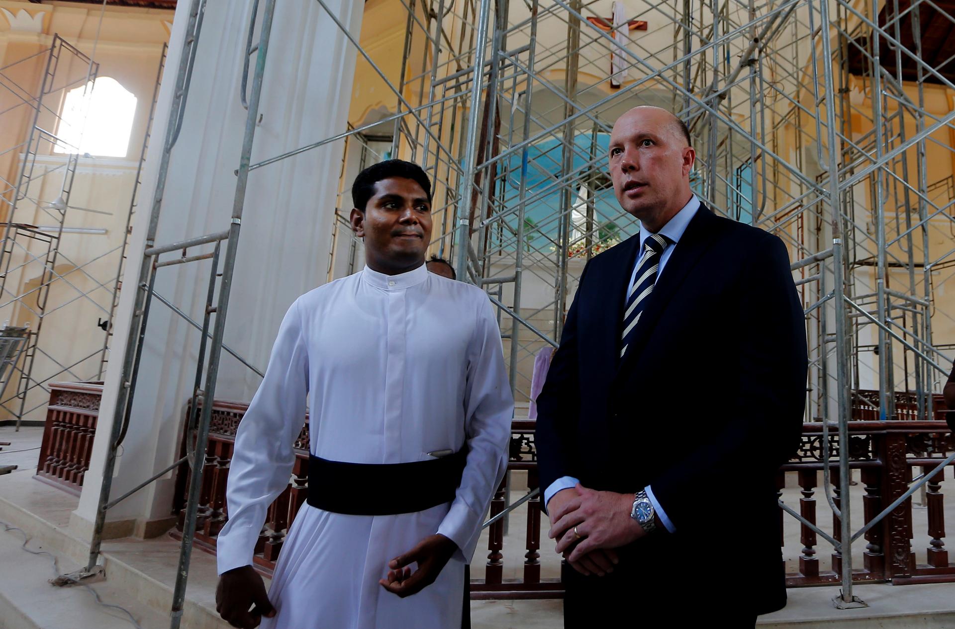Aussie home minister lays wreath at bombed Sri Lanka church