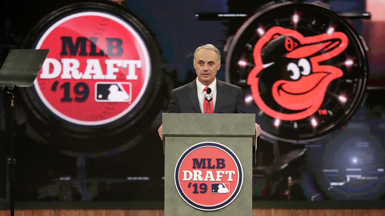 Shortened MLB amateur draft to remain at New Jersey studio - fox