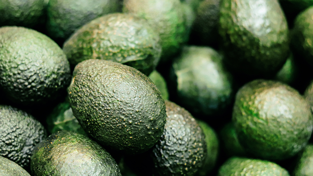 Westlake Legal Group iStock-avocado Bank robber strikes in Israel, threatening tellers with avocado he claimed was grenade Nicole Darrah fox-news/world/world-regions/middle-east fox-news/world/world-regions/israel fox-news/world/crime fox-news/odd-news fox news fnc/world fnc article 38932bd7-ef49-5e21-ac8c-fd539d663c93