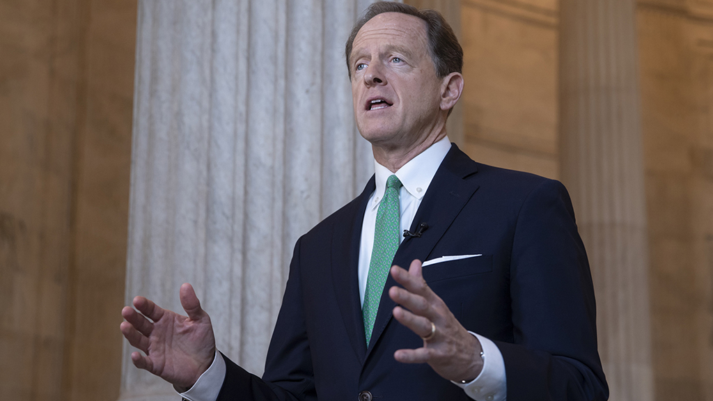 Toomey supports moving ahead with filling Supreme Court seat vacated by Ginsburg