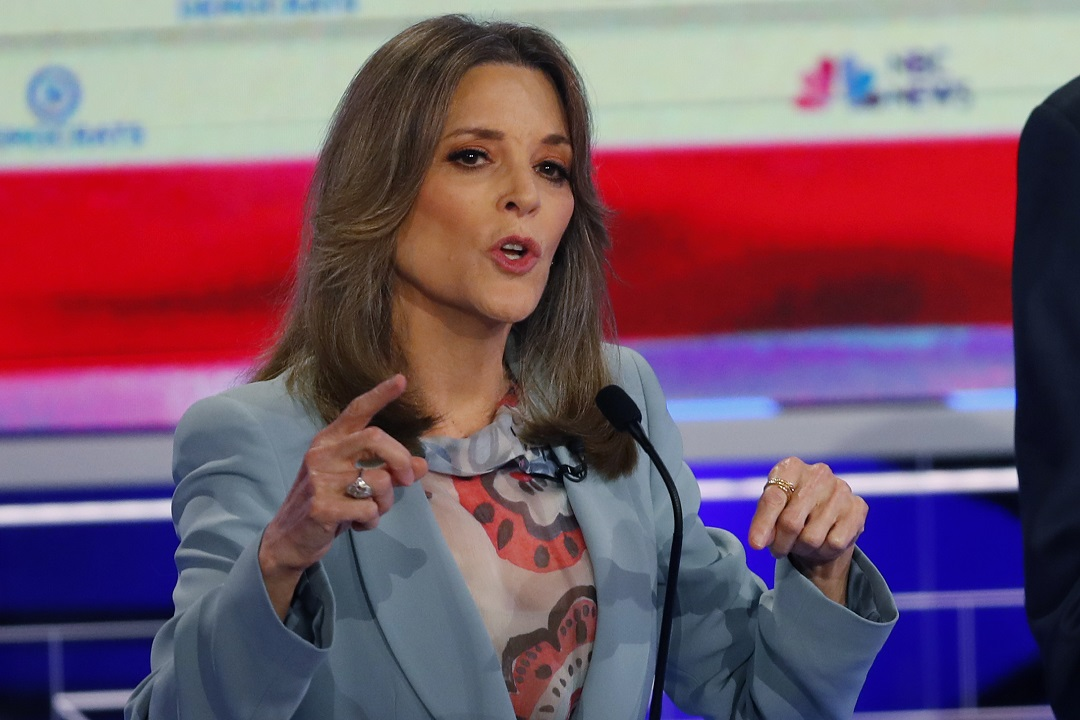Westlake Legal Group AP19179096510591 Marianne Williamson asked white people to apologize to black audience members on speaking tour for slavery, lynchings, other issues Joseph Wulfsohn fox-news/politics/2020-presidential-election fox-news/politics fox-news/entertainment/media fox news fnc/politics fnc ffa33693-9699-5a49-9fb7-2ccc63dc0c37 article