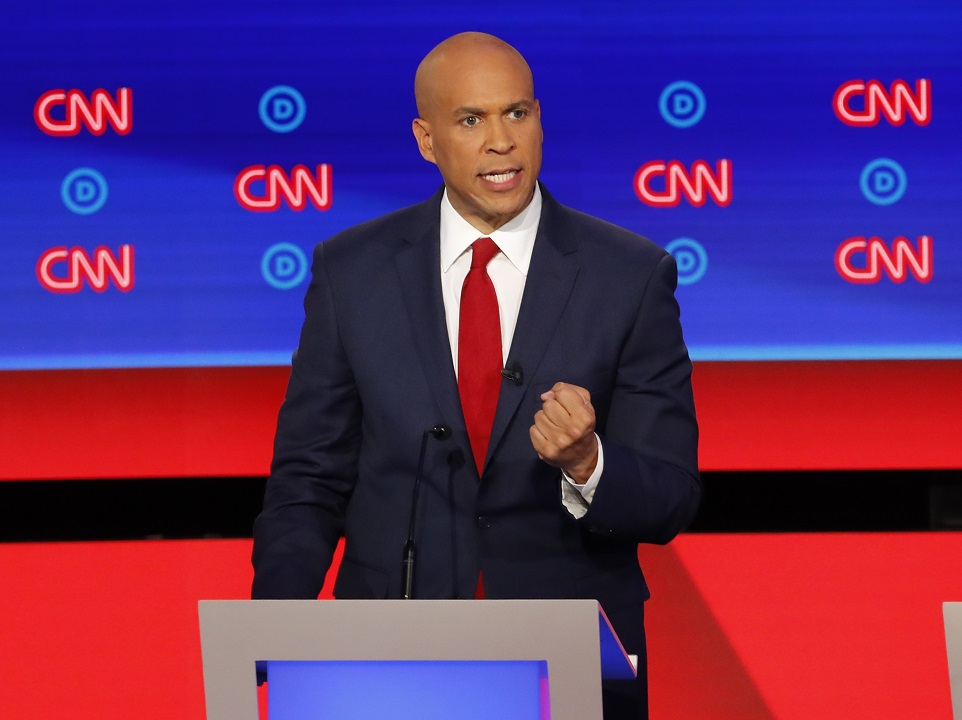 Westlake Legal Group AP19213022416781 Booker praises protesters who interrupted his remarks to chant, 'Fire Pantaleo' Louis Casiano fox-news/us/crime/police-and-law-enforcement fox-news/person/cory-booker fox news fnc/politics fnc article 3e1bd2c4-1b5c-5d41-b58e-b5a80768230a