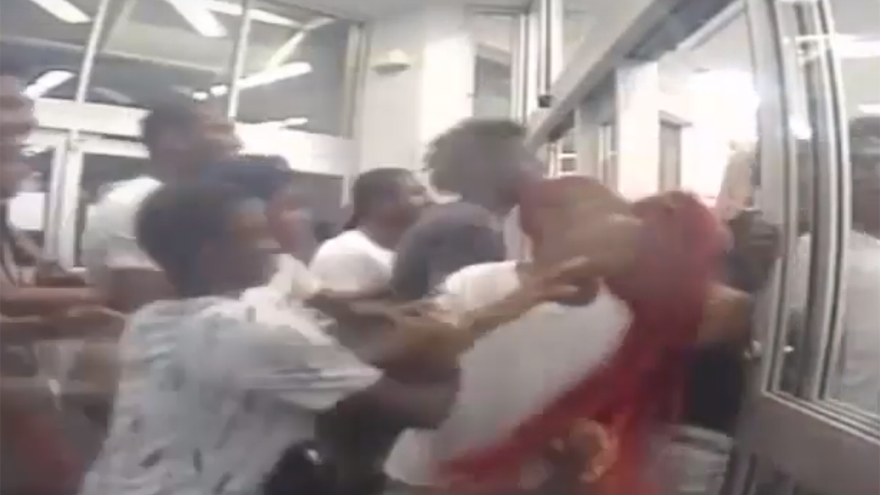 Dramatic video shows dozens looting Philadelphia Walgreens, police say