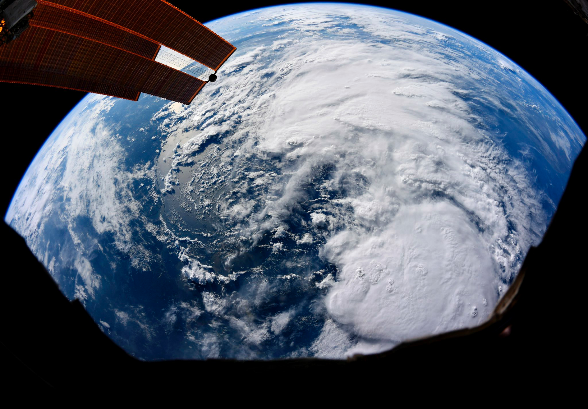 NASA's Jim Bridenstine: America in 'good shape' for first splashdown in decades thumbnail
