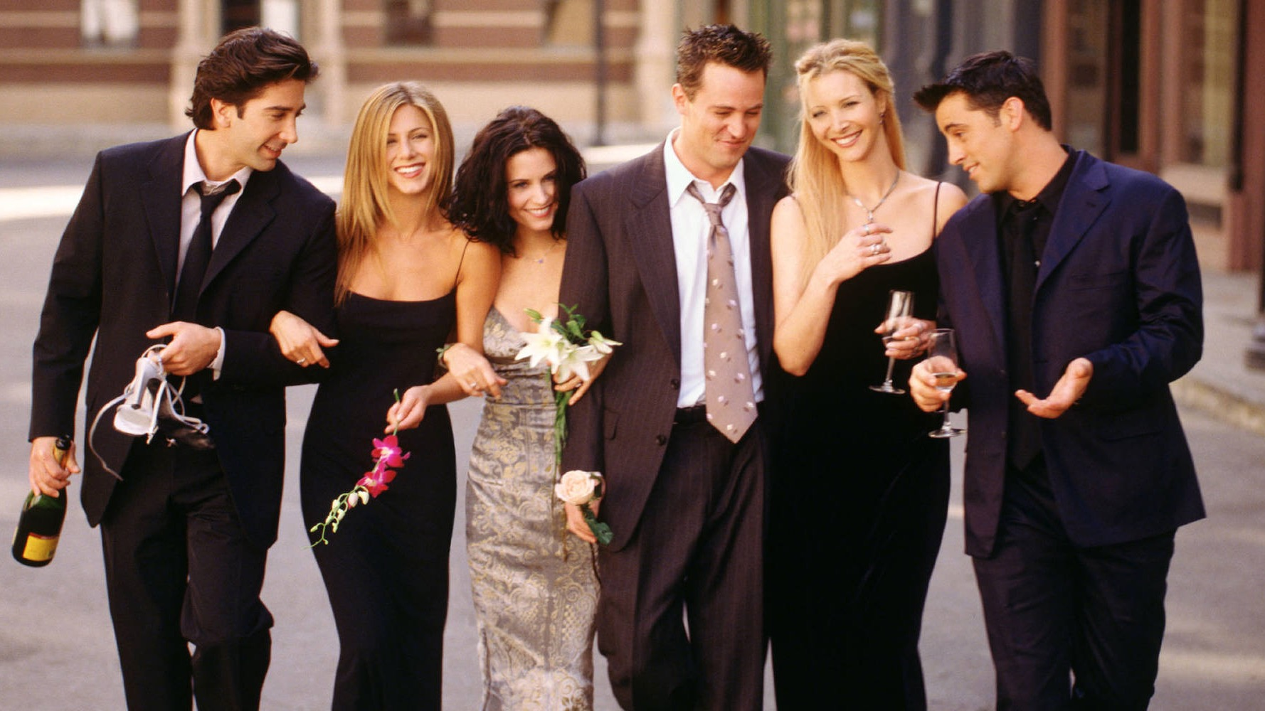 'Friends' cast signs on for 1-hour reunion special at HBO Max: report