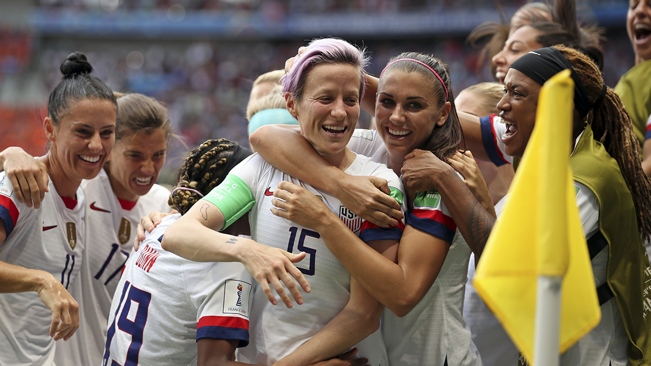 US women's soccer team wins second straight World Cup title, fourth overall thumbnail
