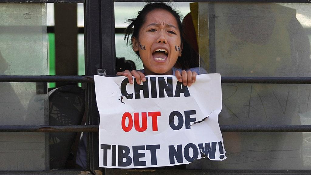 Diệt chủng văn hóa?  Trung Quốc đang làm gì ở Tây Tạng ngày nay
