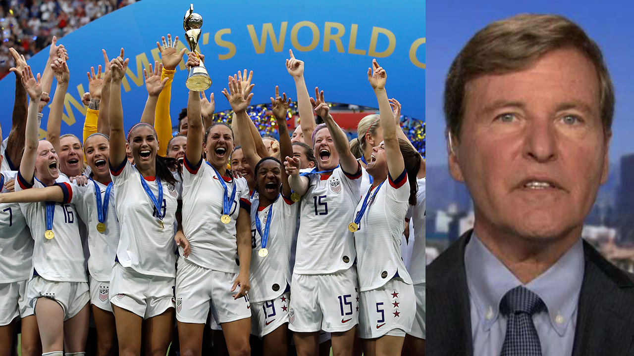 Westlake Legal Group US-Womens-Steinberg 'Jerry Maguire' agent says US women put federation in 'a very difficult bargaining position' amid equal pay fight fox-news/topic/fox-news-flash fox-news/sports/soccer fox-news/shows/outnumbered-overtime fox-news/politics/elections/campaigning fox-news/politics fox-news/person/kirsten-gillibrand fox-news/newsedge/sports/womens-world-cup fox news fnc/sports fnc Charles Creitz article 1508f3a7-26ca-544a-9970-bc411504bc25